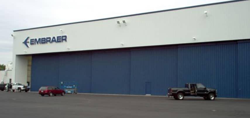 hangar_0010_Embraer Executive Jet Service hangar